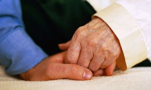 A third of hospitals do not have guidance to ensure a dementia patient's carer is fully informed