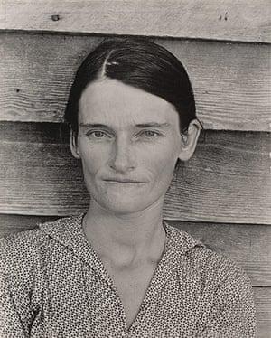 Walker Evans: Alabama Cotton Tenant Farmer Wife. 1936