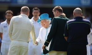 The Queen is introduced to the Australian team by captain Michael Clarke on her arrival at Lord's Cricket Ground for the second Ashes Test match. Follow the action live.