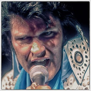 Elvis impersonator on the Strip