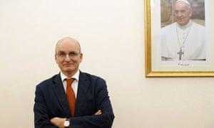Vatican bank scandal senior staff resign