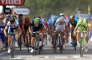 Tour de France stage 3: Simon Gerrans and Peter Sagan