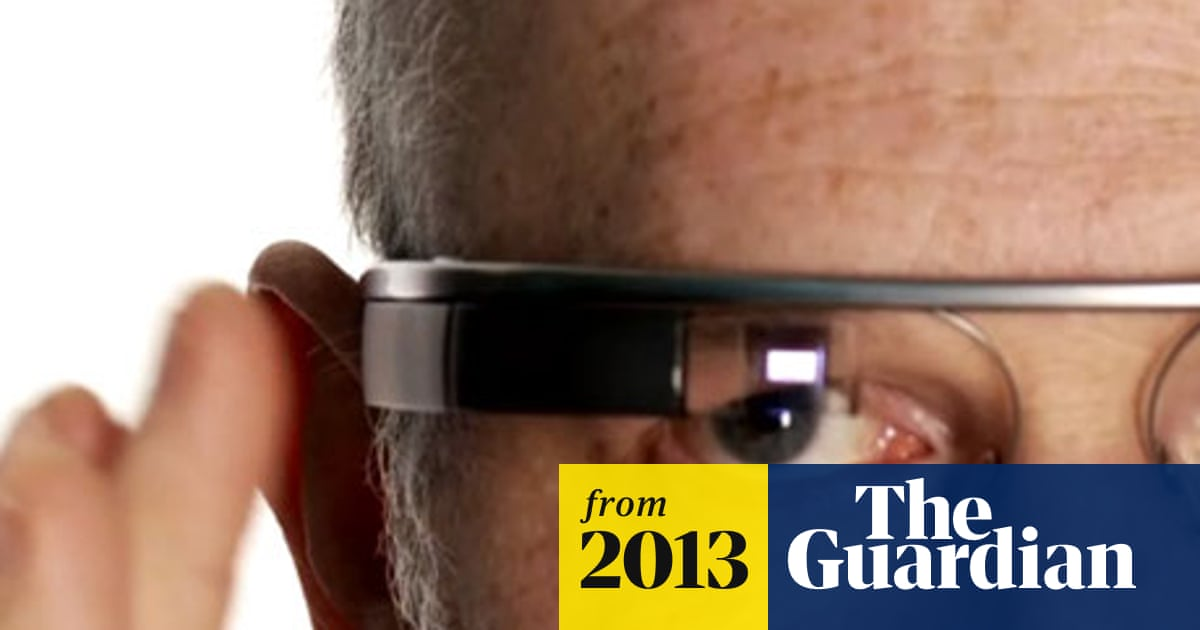 77448856dadb UK set to ban Google Glass for drivers | Technology | The Guardian