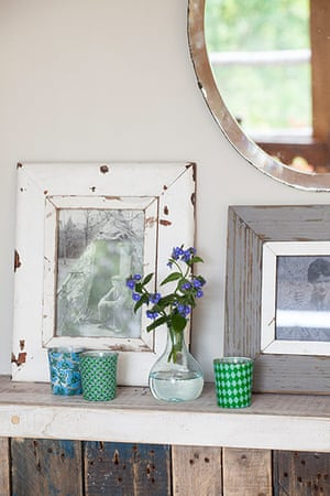 Homes - Bristol House - Matlepiece with flowers and photographs