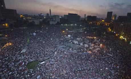 Opponents of Morsi's presidency gather in Tahrir Square, Cair
