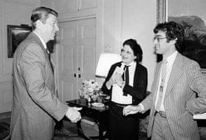 Helen Thomas: Ronald Reagan, Helen Thomas