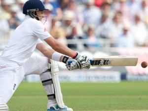 England's Joe Root gets his reverse sweep on.