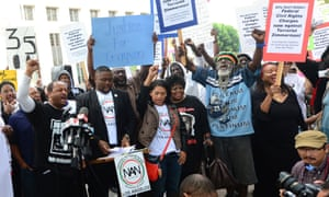 Protesters in LA rally for justice for Trayvon Martin