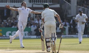 England's James Anderson bowls Peter Siddle.