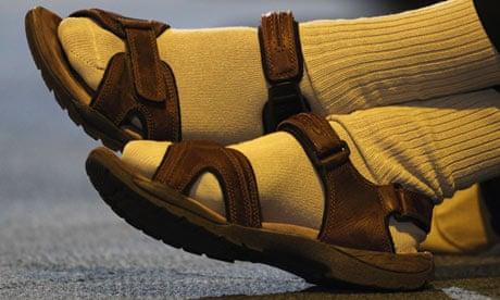 d8ba5a1fb46034 Men s sandals are a no-no – only deck shoes