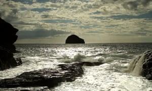 Aquatopia: The Otolith Group: Hydra Decapita, 2010, film still.Courtesy of The Otolit