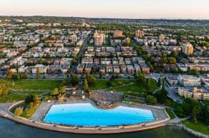 Swimming pools: Kitsilano swimming pool, Vancouver