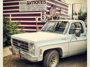 Mugwumps Antiques, Route 12, Utah