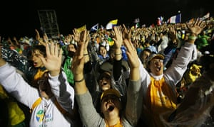 Pope in Brazil: Young pilgrims worship at Mass at opening ceremonies for World Youth Day on