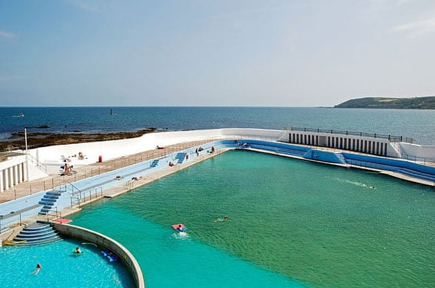 World 39 s best outdoor swimming pools in pictures travel for Biggest outdoor pool