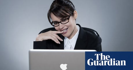 the office dating site should i keep dating her quiz