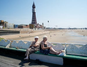 original observer: Blackpool sun worshippers