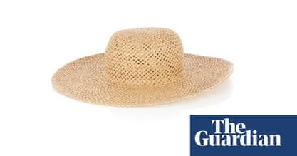 Fashion: what to pack for your summer holiday – in pictures