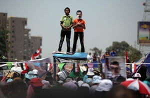 Cairo clashes: Morsi supporters