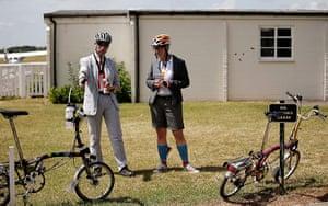 Brompton Gallery: Looking At Bikes