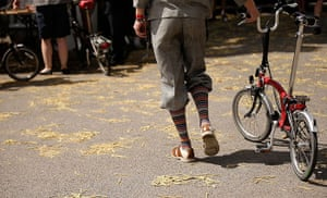 Brompton Gallery: PLus Fours and Bike