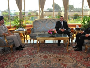Mohamed Morsi discusses the crisis with prime minister Hesham Qandil and head of the army  Abdel-Fatah al-Sisi.