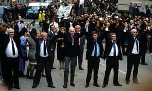THE RELEASE OF THE BIRMINGHAM SIX AT THE OLD BAILEY IN 1991
