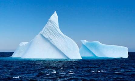 Iceberg in Witless Bay, Newfoundland - Canada