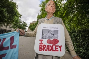 Bradley Manning protests: Supporters hold a small rally outside the American Embassy in Grosvenor Squ