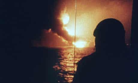 PIPER ALPHA OIL RIG DISASTER, NORTH SEA - 1988