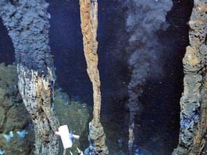 Hydrothermal vents in the Cayman Trough