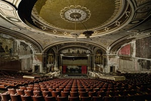 States of Decay: Theatre, Connecticut