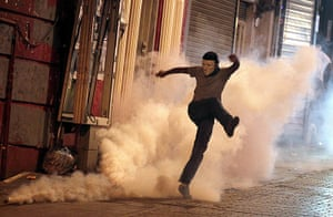 Istanbul protests in pics: Istanbul protests in pics