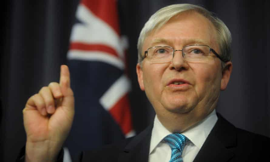 Kevin Rudd sporting a questionably bright blue tie: what could this mean?