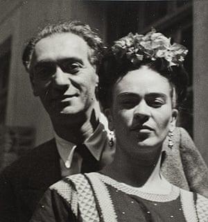 Frida Kahlo Snaps: Muray & Kahlo