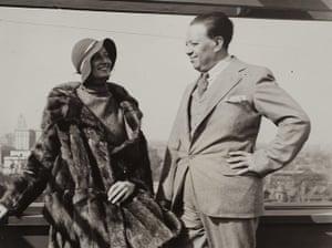 Frida Kahlo Snaps: Wright & Rivera