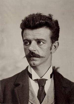Frida Kahlo Snaps: Guillermo