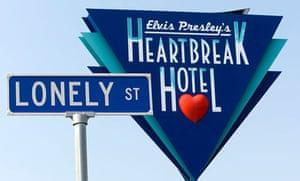 Heartbreak Hotel, Lonely Street