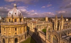 Aerial shot of Oxford University