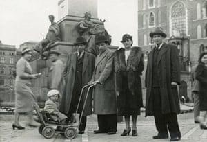 Polanski: Roman Polanski in Krakow, aged about four