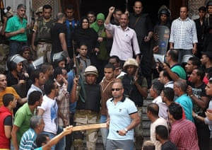Egypt: Egyptian police, Morsi supporters locked in mosque standoff