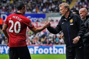 Swansea v United: David Moyes thanks Robin Van Persie