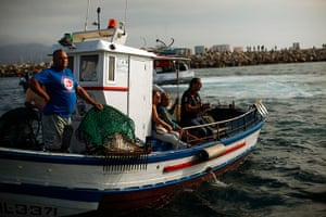 Gibraltar protests: Spanish fishermen with their relatives in a fishing boat