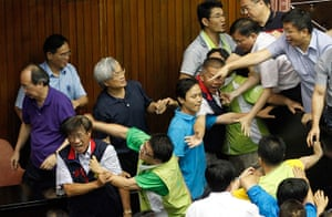 Taipei parliament fight: Ruling and opposition lawmakers fight