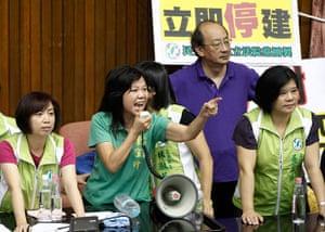 Taipei parliament fight: A megaphone stirs up emotions