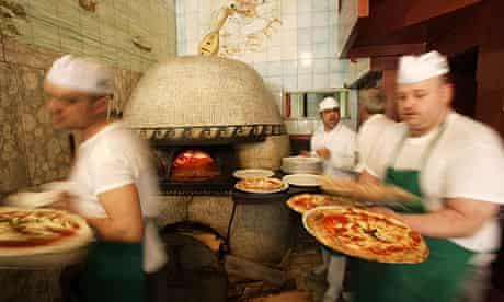 Pizza chefs in Naples