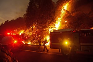 Wildfire update: Firefighters battle the Rim Fire outside of Yosemite National Park as nears