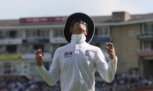 England's Graeme Swann shares a joke with the crowd after Kevin Pietersen caught Australia's Shane Watson in the fifth Ashes Test.