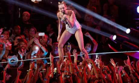 """Singer Miley Cyrus performs """"We Can't Stop"""" during the 2013 MTV Video Music Awards in New York"""