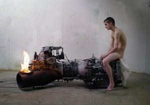 exhibitionist 31/08: Roger Hiorns